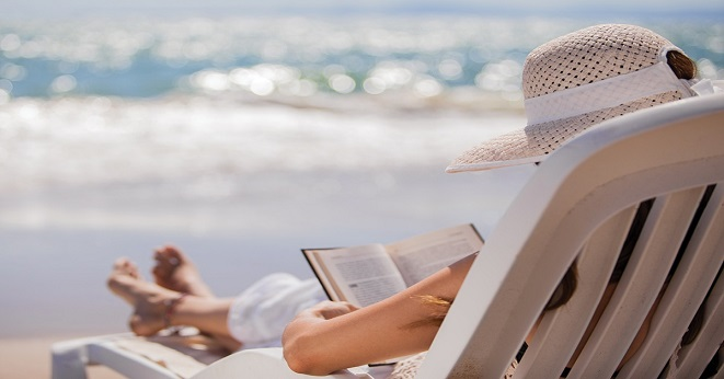 Summer Break: A financial checklist_beach